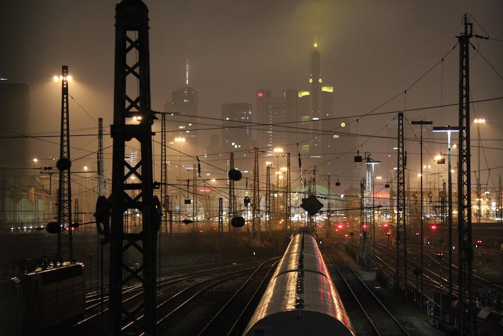 Blich auf den Frankfurter Hauptbahnhof